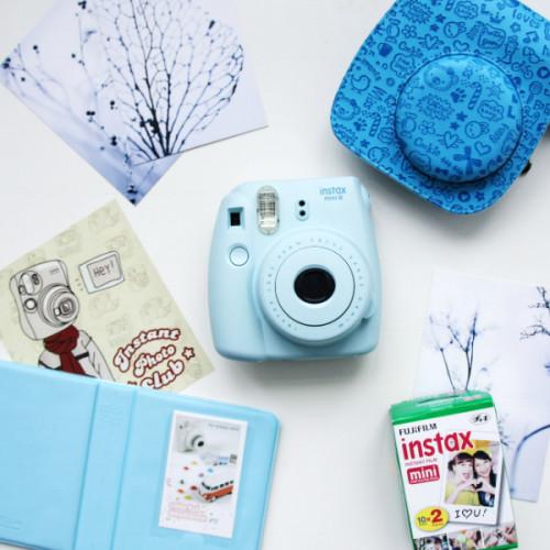 fujifim-instax-mini-8-blue-bag