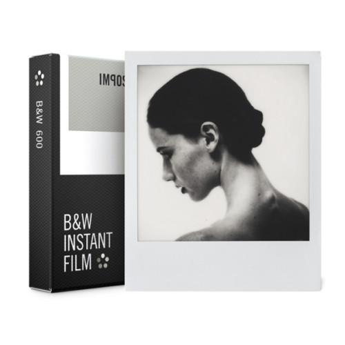 kasseta-dlya-polaroid-black-and-white-white-frame