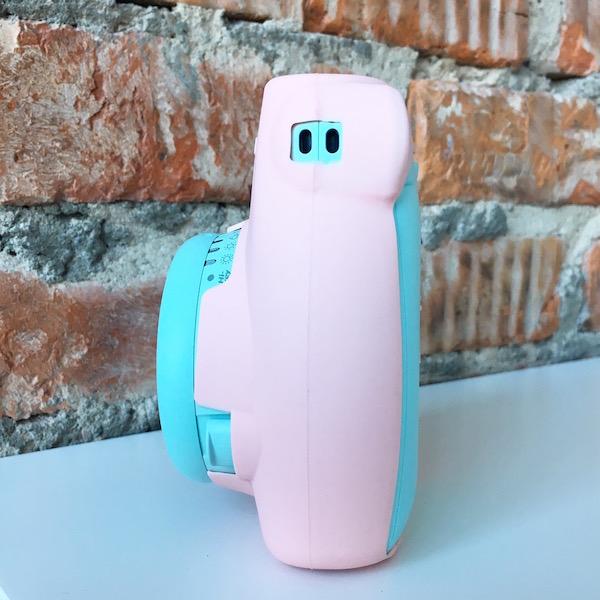 Fujifilm Instax Mini 9 Ice Blue и розовый кейс