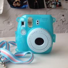 fujifilm-instax-mini-8-9-blue-case