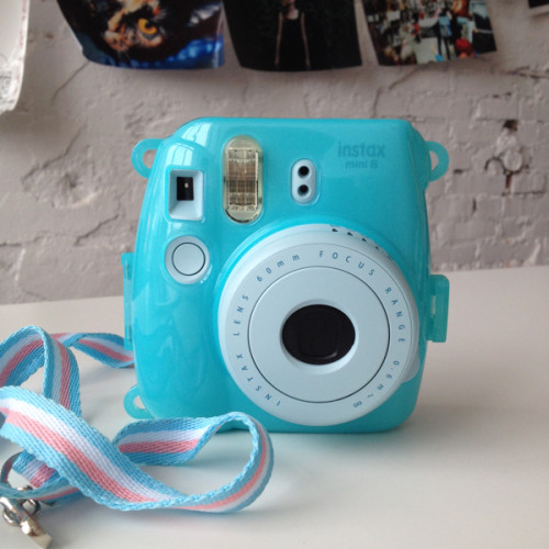 fujifilm-instax-mini-8-9-blue-case