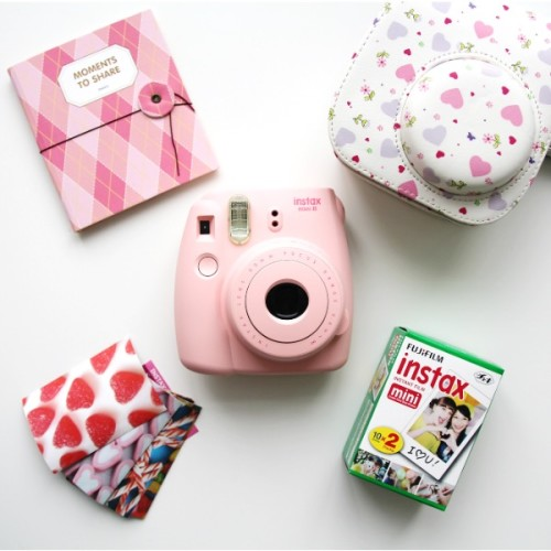 instax-mini-8-pink-bag-heart
