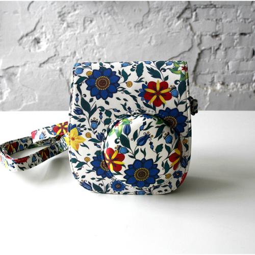 fujifilm-instax-mini-8-bag-flower-blue