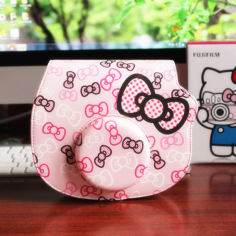 fujifilm-instax-hello-kitty-bag-pink-printing