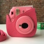 fujifilm-instax-mini-9-hot-pink-bag4